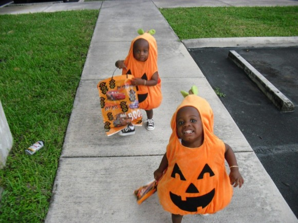 The twins' first Halloween. How cute are they?